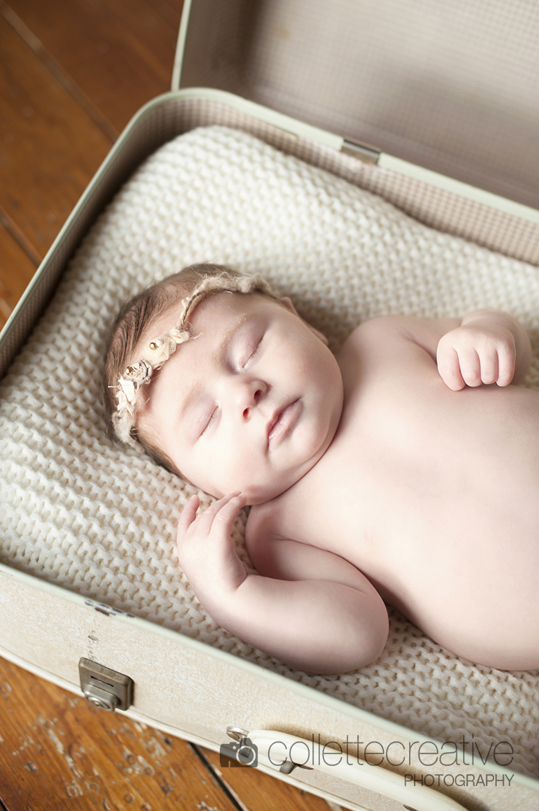 Collette O'Neill - Collette Creative Photograpy, Belfast Northern Ireland - Newborn and family photography