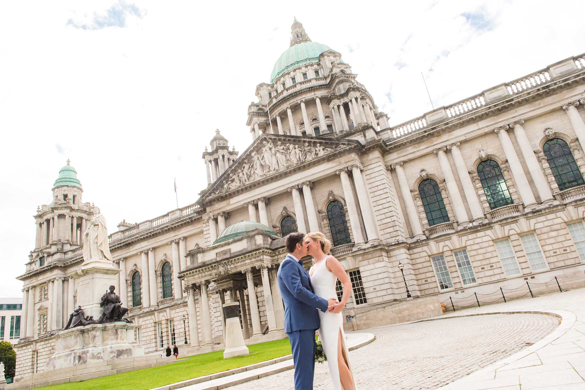 Karla and Gavin City Hall Belfast Culloden EstateCollette O'Neill Collette Creative Photography Belfast Northern Ireland